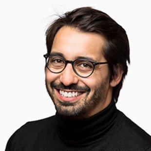 A photograph of the author, João Rangel de Almeida.