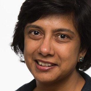 A photograph of the author, Anita Krishnamurthi.